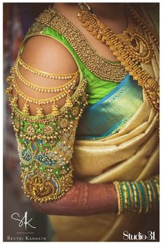 Exclusive Saree Blouse designs for every South Indian Bride!- Eventila Tired of scrolling through a bunch of pages to find that perfect blouse designs? Check out the top most South Indian blouse designs to pair with a kanjeevaram saree- Eventila Blouse Back Neck Designs, Simple Blouse Designs, Stylish Blouse Design, Wedding Saree Blouse Designs, Pattu Saree Blouse Designs, Blouse Designs Silk, Blouse Patterns, Latest Saree Blouse Designs, Blouse Styles