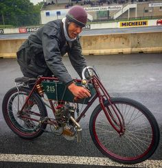 Picturesque gent on a 1904 Lorquin&Gouder, one of 4 that exists! Amazing pioneer which bonked cleanly around the track..