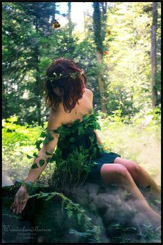 *#WaldGeist*  Wie Merlin Möcht ich durch die #Wälder ziehn, Was die Stürme wehen, Was die Donner rollen Und die Blitze wollen, Was die #Bäume sprechen, Wenn sie brechen, Möcht ich wie Merlin verstehen… (Nikolaus Lenau)  #Model: Saskia Montagnolo <3  #wunderlandillusion #cosplay #fotografie #shooting #elfe #wald #naure #purenature #ruhe #geheimnissvoll #stille #imeinklangmitdernatur  Alle Bilder unter: http://wunderlandillusion.de/fotografie/2016/dryade/