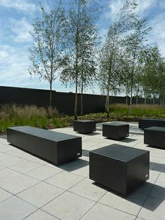 black cube garden seating | Wilson McWilliam | Hyde Park Hayes