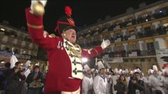 #TAMBORRADA #DONOSTIA La Marcha de San Sebastián da inicio a 24 horas de fiesta