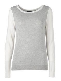 Kaksivärinen neule ei kaipaa koruja, se on simppelin tyylikäs. 26,95€ Sweaters, Fashion, Moda, Fashion Styles, Sweater, Fashion Illustrations, Sweatshirts, Pullover Sweaters, Pullover