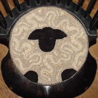 The Red Saltbox Sheep Chairpad Rug Hooking Pattern  13""