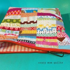 scrap happy zip pouch (via Bloglovin.com )