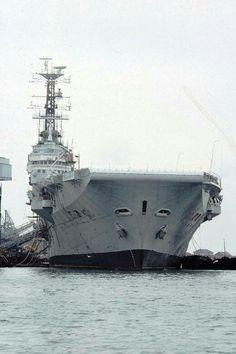 Royal Navy Aircraft Carriers, Flight Deck, Navy Ships, Submarines, Battleship, Family History, Sailing Ships, Military, War
