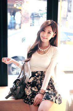 Korean Fashion find more women fashion ideas on www.misspool.com:
