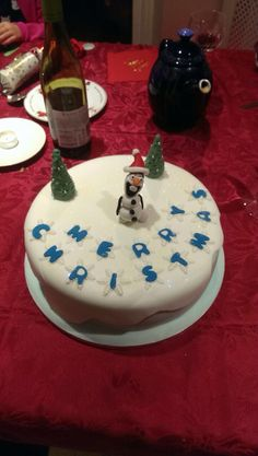 Olaf Christmas cake by Angell cakes