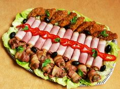 Hidegtál European Kitchens, Cold Dishes, Food Platters, Meat Recipes, Finger Foods, Food Art, Catering, Sushi, Breakfast Recipes