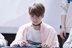 """ARMYs Go Crazy Over How Adorable Jungkook Looks In """"Harry Potter Glasses"""" — Koreaboo"""