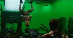 ↠ marvel things. - »gifs. [3] - Wattpad Hawkeye, Tom Holland, Hulk, Spiderman, Walking Meme, News Memes, I Am Batman, Ironman, Iron Spider