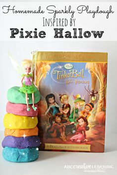 Do you have a fairy fan? Here is a great Homemade Sparkly Playdough Inspired by Pixie Hallow Books! Perfect for little hands and fine motors skills play. - abccreativelearning.com