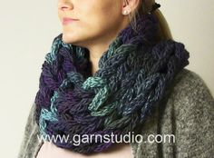 How to finger- and armknit a neckwarmer
