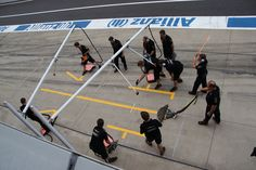 Prepare for pit stop