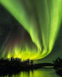 https://www.instagram.com/p/BWx4FdNFTkc/ The Magic of the Northern Lights in Canada By our friend  @smaku  ____________________________________________ #travelwriter #travel #instatravel #travelgram #tourism #instago #passportready #travelblogger #wanderlust #ilovetravel #writetotravel #instatravelling #instavacation #travelblogger #instapassport #postcardsfromtheworld #traveldeeper  #travelstroke #travelling #trip #traveltheworld #igtravel #getaway #travelblog #instago #travelpics #tourist…