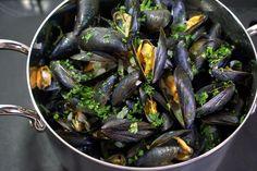 Moules marinière. Les moules frites de la braderie de Lille.. La recette par Chef Simon.