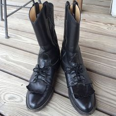 Awesome black Nocona ropers Black Nocona ropers in excellent condition. Laces in good condition. Soles in good condition. Small scuff on back right boot as shown. Easily fixed with a little polish. Lots of good wear left in these! Originally in the neighborhood of $200.00. Nocona Shoes