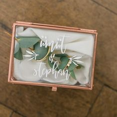 Gefällt 16 Mal, 1 Kommentare - who's wedding (who's wedding Hochzeitsplaner) au. Verlobung 💍 💍 planner becoming a Gefällt 16 Mal, 1 Kommentare - who's wedding (who's wedding Hochzeitsplaner) au. Wedding Boxes, Diy Wedding, Wedding Gifts, Dream Wedding, Wedding Day, Wedding Table, Bridal Shower Decorations, Wedding Decorations, Modern Wedding Rings