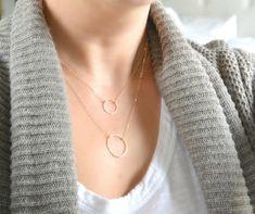 Goldener Kreis Halskette zart Gold Circle von SilverLotusDesigns