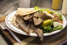 Recipe for Greek Gyro Salad Gyro Salad, Greek Gyros, Gyro Recipe, Greek Salad Recipes, Salad Topping, Greek Dishes, Mediterranean Diet Recipes, Salad Plates, Food Plating