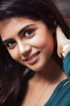 Kalyani priyadarshan - Akash Joseph - Google+ Beautiful Bollywood Actress, Most Beautiful Indian Actress, Beautiful Actresses, Beautiful Ladies, South Indian Actress, South Actress, Classy Halloween Costumes, Photoshoot Pics, Cute Girl Photo
