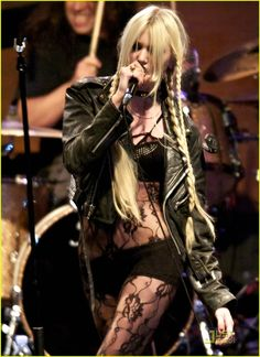 the pretty reckless taylor momsen