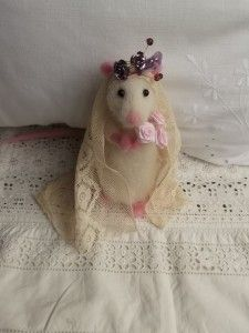 Little Needle Felted Bride Nancy Mouse on her wedding day :) By Mrs Plop