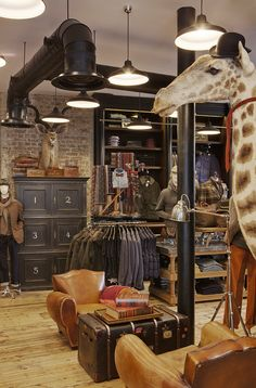 Spitalfields Store |  Nicely pinned you've gone quite nobly English @Amy Lyons Lyons De Rubis