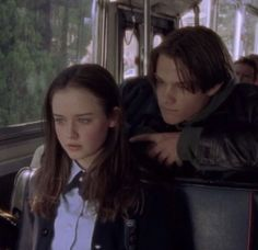Imagem de gilmore girls and lorelai gilmore Gilmore Girls, Lorelai Gilmore, Love U Forever, Aesthetic Pictures, Best Tv, Cute Couples, Favorite Tv Shows, Movies And Tv Shows, Actors & Actresses