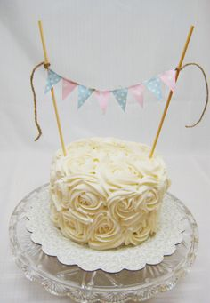 Gender Reveal Cake -- Gorgeous design idea. Could either make a cake-topper or find one on Etsy.