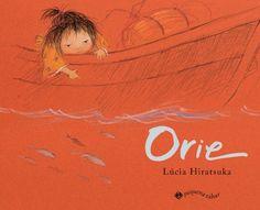 A autora Lúcia Hiratsuka retrata a infância com ilustrações delicadas e sensíveis, valorizando a memória e os momentos mais simples e marcantes. A menina Orie viaja pelo rio com seus pais barqueiros. Olha o movimento das águas, o remo de bambu que vai e vem, os peixinhos, os cheiros e cores de perto e de longe e no balanço das palavras e desenhos, Orie vai descobrindo o tempo e o mundo que a cerca.