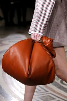 New Bag Trends from Paris Fashion Week - All the Best Bags from Paris Fashion Week Fall 2017 Duffle Bag Travel, Tote Bag, Dior Star, Dior Logo, Basket Bag, Best Bags, Fabric Bags, Branded Bags, New Bag