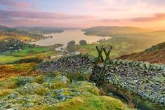 England in Pictures: 20 Beautiful Places to Photograph | PlanetWare Beautiful Sunset, Beautiful Places, Beautiful Scenery, Amazing Places, William Wordsworth, Lake District, Hotels And Resorts, Bouldering, Day Trips