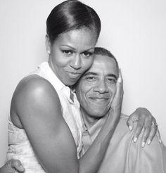 Michelle Obama Photos, Michelle And Barack Obama, Joe Biden, Durham, Obama Funny, Celebridades Fashion, Barack Obama Family, Barack Obama Pictures, First Ladies