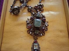 beautiful austro hungarian necklace in silk and velvet presentation box
