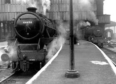 44694 & 45209 at Bradford Exchange - LMS Stanier Class 5 4-6-0 - Wikipedia, the free encyclopedia