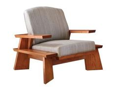 The Craft of Design: Thomas Moser- This Thos. Moser lounge chair, like other pieces in the Edo line, emphasizes exposed joinery and the beauty of natural cherry. Unique Furniture, Furniture Projects, Furniture Plans, Wood Furniture, Furniture Design, Wooden Sofa Designs, Wood Sofa, Woodworking Furniture, Chair Design