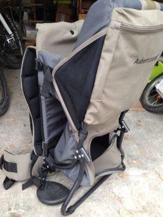 Porte bébé dorsale Aubert concept pour balade en famille