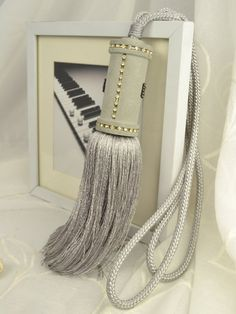 6 Colors QYM29 Polyester Curtain Tassel Tie Backs in Gray Color
