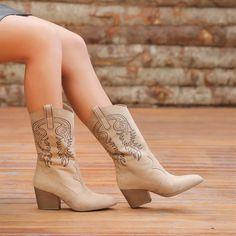 Lusaka Süet Vizon Rengi Kalın Topuklu Western Bot  #beige #suede #heels #boots #bej #vizon #süet #topuklu #western #kovboy Western Boots, Cowboy Boots, Shoes, Fashion, Moda, Zapatos, Shoes Outlet, Fashion Styles, Shoe