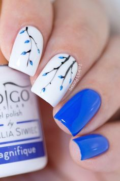 Simple blue floral nail art using the Indigo Nails Mousse Gel in Zanzibar, Indiana Blue and So Black, It's a beautiful gel for nail art. Toe Nail Art, Nail Art Diy, Easy Nail Art, Easy Nails, Simple Nails, Gel Nails, Nail Polish, Nail Nail, Toenails
