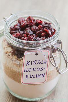 Backen macht glücklich | Kuchen-Backmischung im Glas: Ein Rezept, viele Varianten | http://www.backenmachtgluecklich.de