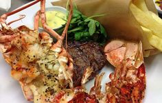Surf n' Turf Surf N Turf, Fairs And Festivals, Fabulous Foods, Places To Eat, Dining Room, Yummy Food, Restaurant, Dishes, Vegetables