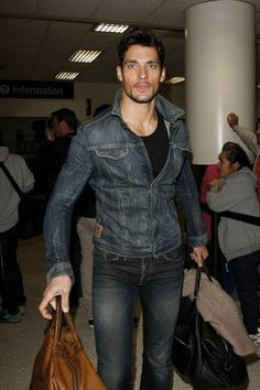 David Gandy Photos Photos - Male model David Gandy touches down at LAX from London with his luggage in hand. - David Gandy at LAX