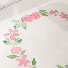 Nighty night 🌸🌿🌸 #watercolour #watercolouring #watercolourwreath #floralwreath #wreath #artist #illustrator #doitwithpassion #mylondonlife #believe #beinspired #begrateful #bekind #bebrave #beyou #behappy
