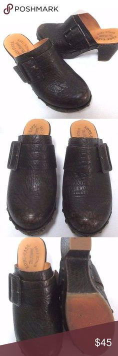 "Kork Ease brown leather clogs buckle Size Sz 38 7 Kork-Ease clogs in mint condition. Size 7, leather, heel is 3.2"", front platform is 1.2"". Pet and smoke free home. THANK YOU. Kork Ease Shoes Mules & Clogs"