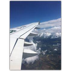 über der wolken muß die freiheit wohl grenzenlos sein #reinhardmey #berlin #germany #igers #igersvienna #igersaustria #discoveraustria #igersoftheday #ig_vienna #GegenHassImNetz #aufstehn #picoftheday #instagood #photooftheday #travelshoteu #instagram #instasize #instasquare @igersberlin @igersberlinofficial