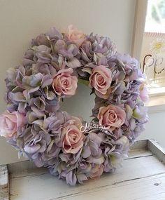 メルカリ商品: 6月のリース 紫陽花と薔薇のアンティークカラー 玄関 ドアリース ブライダル #メルカリ