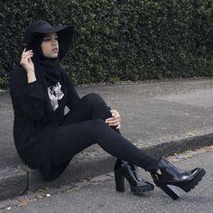 """Saima Chowdhury """"BLACK X BLACK hijab hat"""