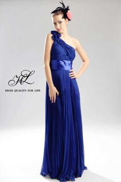Floor length One-shoulder Blue Chiffon A-line  http://www.mydresspro.co.uk/2012-prom-collection/10886-floor-length-one-shoulder-blue-chiffon-a-line-lf-00026.html