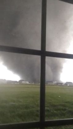 Tornadoes high winds sweep through Midwest - The Washington Post of Washington IL tornado distruction. Tornados, Thunderstorms, All Nature, Science And Nature, Amazing Nature, Severe Weather, Extreme Weather, Natural Phenomena, Natural Disasters